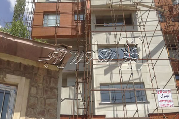 اصلاح رنگ چوب ترموودی نمای ساختمان