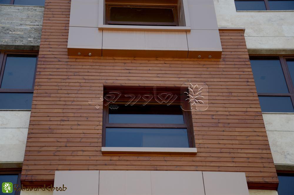 ترمووود بر روی پنجره مربعی