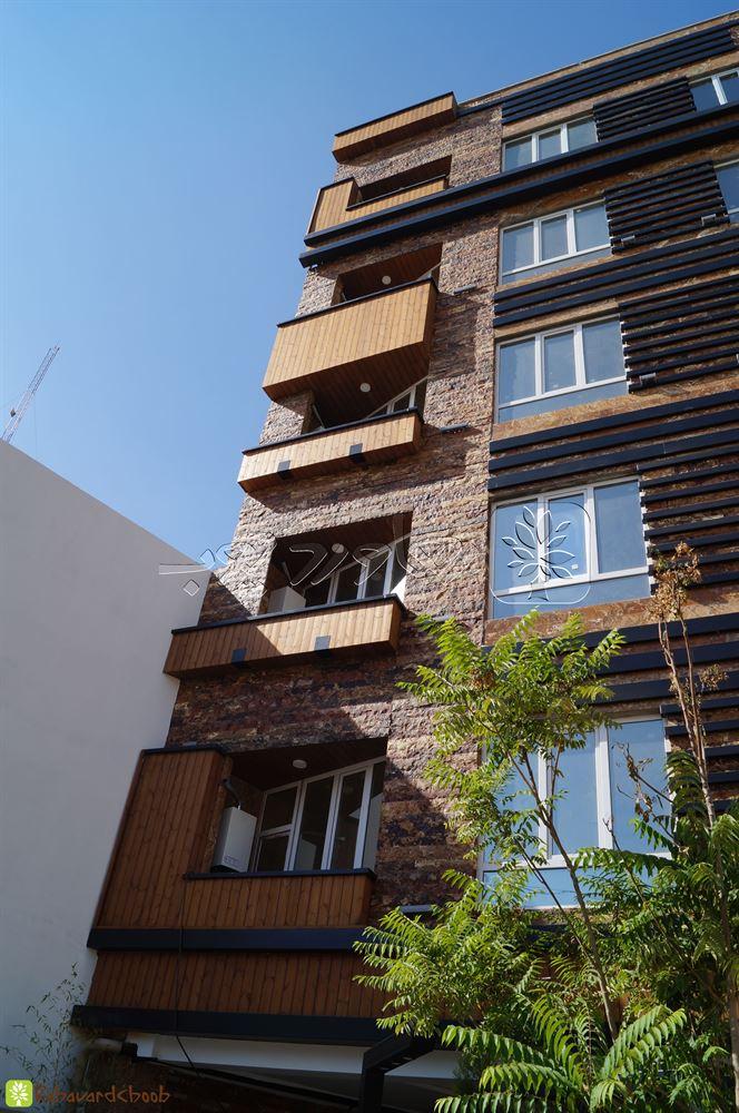 اجرای ترمود تک رنگ در نمای بیرونی ساختمان