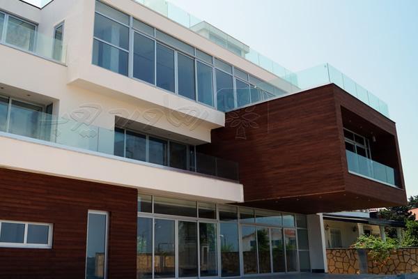 ترمووود نمای ساختمان